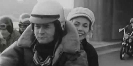 """""""la motarde de Dijon"""" - Claude Jade, """"un oiseau rare"""""""