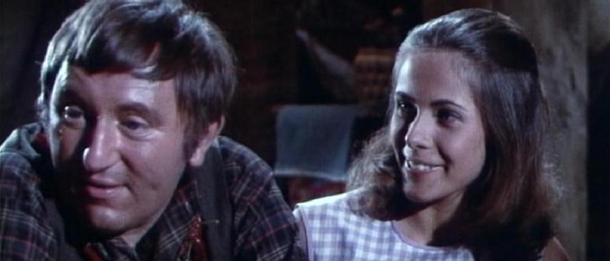"""Paul le Person und Claude Jade, hier als Bertuccio und Linda, spielen erneut 1991 zusammen: am Theater in """"Un chateau au Portugal"""""""