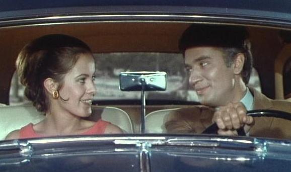 voiture_Rolls_Royce_1968_Claude_Jade_Paul_Barge_film_Sous_le_signe_de_Monte-Cristo