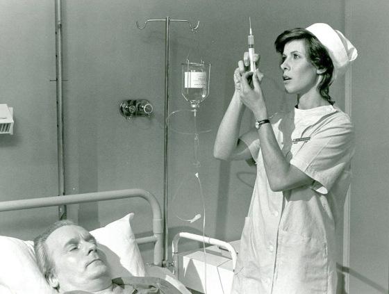 Claude Jade, Michel Bouquet ANneaux de Bicetre, Zwischen Tod und Leben, die Glocken von Bicetre, Georges Simenon, film