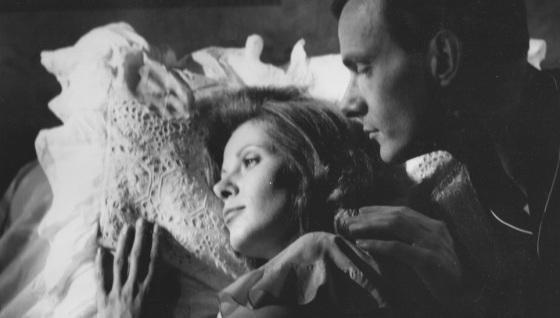 Evelyn (Claude Jade) und Kurt Droste (Harald Kuhlmann) im Berlin der 1930er Jahre