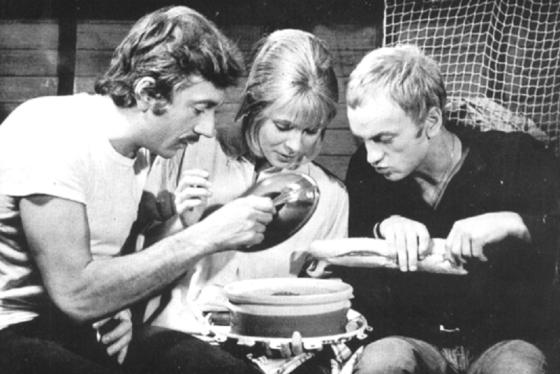 Jean-Pierre Cassel, Claude Jade, John McEnery, Le bateau sur l'herbe