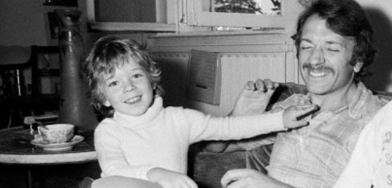 Jean-Pierre Cassel et son fils Vincent Cassel, né Vincent Crochon septembre 1970 enfant child childhood kindheit 5 Jahre 5 ans 5 years