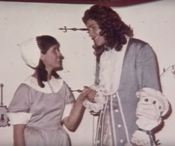 """Claude Jade (Agnès) und Michel Huvet (Horace) in """"Die Schule der Frauen"""""""