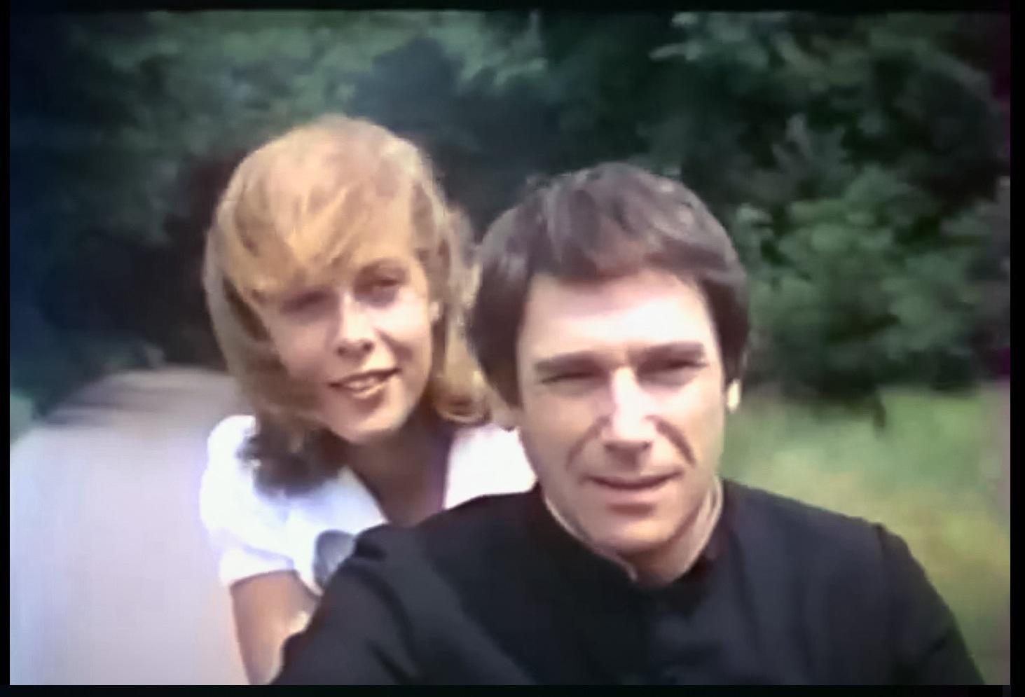 """Claude Jade, Robert Hossein in """"Prêtres interdits"""" (Der Abbé und die Liebe), 1973"""